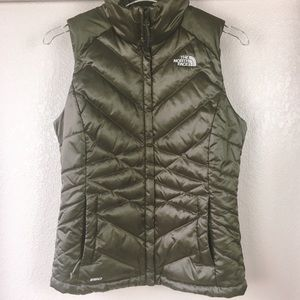 c759b088a discount the north face camo vest jewelry 01cb3 807da